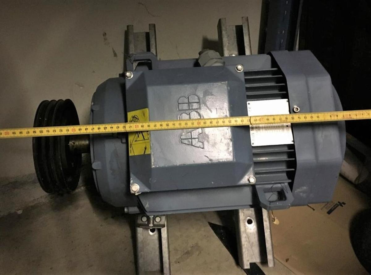 Motor ABB, 15 kW - Oslo - Selger Motor ABB, 15 kW. Brukt. M2AA 160 L 4 IEC 160 M\L 42 Prod. code 3GAA 162 002-ASA 94 kg - Oslo