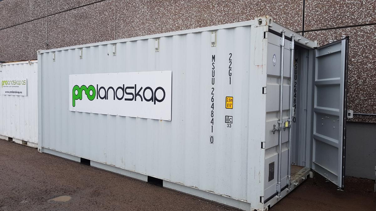2016 20 fots container m/innhold selges som forevist - Sem - Lite brukt container fra 2016 selges som forevist på bilder med innhold. Rørdeler og fatpumpe - Sem