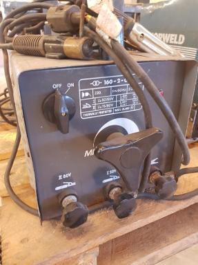 1900 Norweld sveiseapparat + 2 stk GL 130 - Hagan - Fungerende sveiseapparat av ukjent årgang. Alle 3 selges samlet. - Hagan