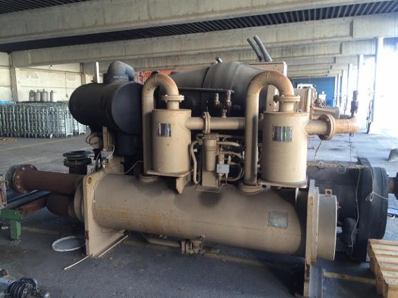 2001 Trane Varmepumpe - Røyneberg - 2001 Trane Varmepumpe Kompressor: 280 kw Kan brukes til varme og kulde. Selges som den står, må hentes på Sola. - Røyneberg