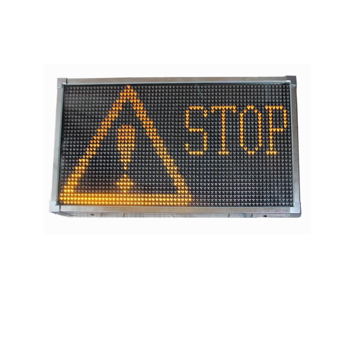 LED display med tekster  - Marnardal - LED Display med varsel tekster FULL PRIS 21 125,- eks mva. LED display med forhåndsprogrammerte varsel tekster. i kontrollboksen ser man hvilken tekst som vises på displayene, og kan enkelt veksle mellom de ulike forhånds programmerte tekst - Marnardal